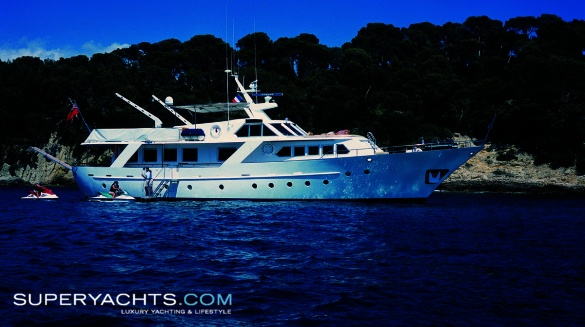 """Acacia of the Seychelles is a 25.75m (84' 5"""" ft) Benetti 85' motor yacht ..."""
