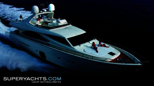 Semi Custom Yacht Ferretti 830