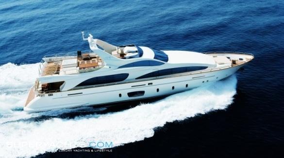 Semi Custom Yacht Azimut 105